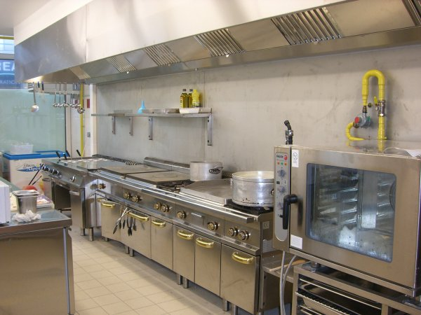 Cb froid g nie frigorifique et climatique solutions pro for Amenagement cuisine professionnelle restaurant